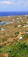 The shore of Pantelleria in a picture by Luca Volpi