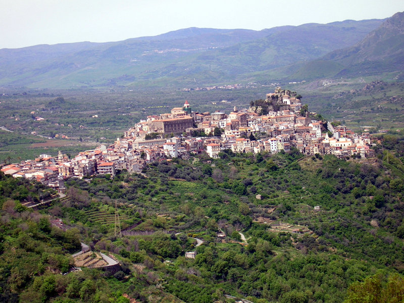 Castiglione di Sicilia Italy  city photos gallery : The pretty hamlet of Castiglione di Sicilia – image from parks.it
